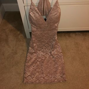 Bodycon sparkly lace dress